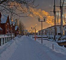 Sidewalk in Oulu by sautio