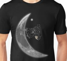 Moon Half-Pipe with skateboarding Astronaut Unisex T-Shirt