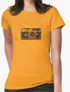 Leica Love! Womens Fitted T-Shirt