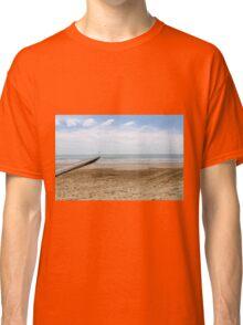 sea and beach Classic T-Shirt