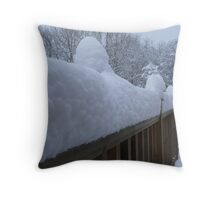 capped snow Throw Pillow