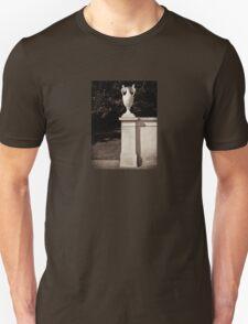 grecian urn sans souci   Unisex T-Shirt