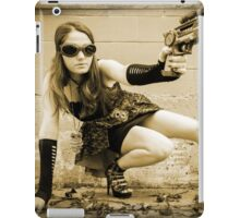The Steampunker: Raven The Renegade iPad Case/Skin
