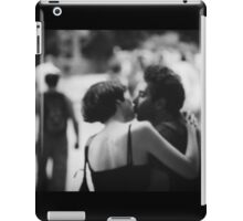 Man and woman kissing in park in black and white analog 35mm film photo iPad Case/Skin