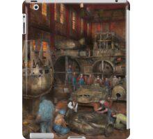 Steampunk - Final inspection 1915 iPad Case/Skin