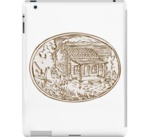 Log Cabin Farm House Oval Etching iPad Case/Skin