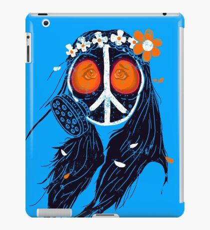 WAR & PEACE 2015 iPad Case/Skin