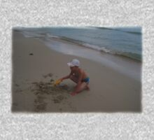 EASY DIGGING on the beach Kids Clothes