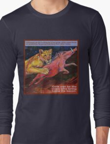 She brings home the bacon (Lion) Long Sleeve T-Shirt