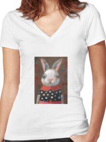 White Rabbit Girl Women's Fitted V-Neck T-Shirt