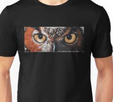 Eye-Catching Great Horned Owl Unisex T-Shirt