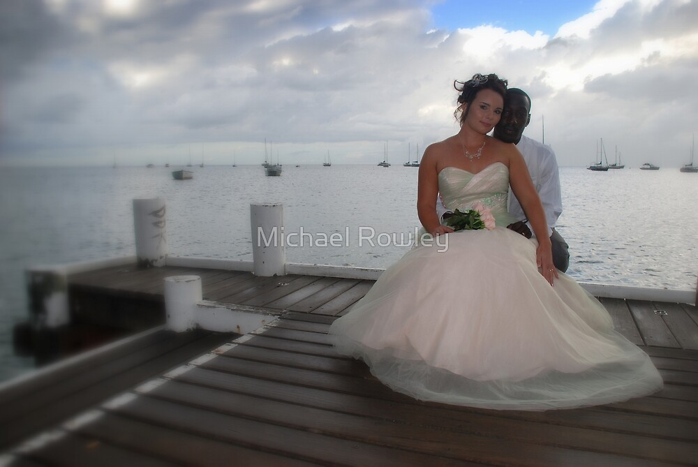 Happy Couple by KeepsakesPhotography Michael Rowley