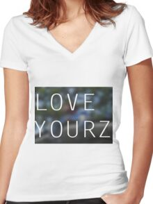 LOVE YOURZ Women's Fitted V-Neck T-Shirt