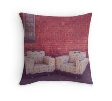 where the lonely go to rest Throw Pillow