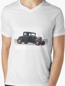 1930 Ford Model A 'HiBoy' Coupe Mens V-Neck T-Shirt