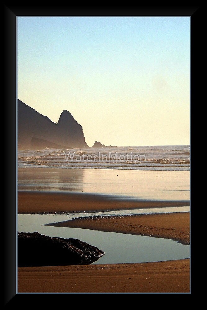 Hobbit Beach Puddle by WaterInMotion