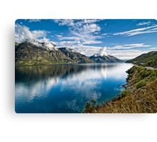 Beautiful Lake Wakatipu New Zealand Canvas Print