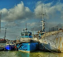 Glasson Dock by Steve  Liptrot