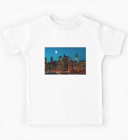 Manhattan at night Kids Tee