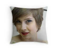 Luxe LaRouge 1532 Throw Pillow