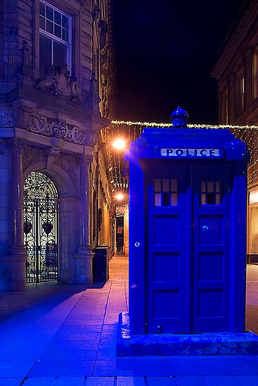 The Blue Lamp by Fraser Ross