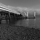 BEAUMARIS PIER by andysax