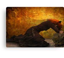 She weeps Canvas Print