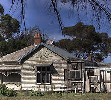 Old Home by Colin  Ewington