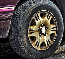 Old Tire by SeRVE