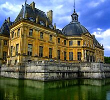 Chateau de Vaux-le-Vicomte, France by vadim19