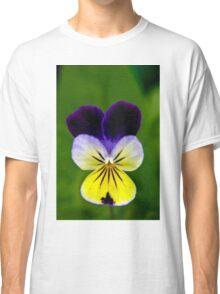 Pretty pansy Classic T-Shirt