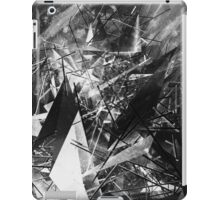 Structured chaos \4 iPad Case/Skin