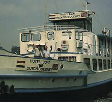 AMSTERDAM......THE DUTCH COCKNEY YOUTH HOSTEL  1988...PIER 9 by DIANEPEAREN