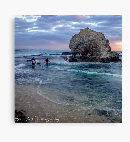 Early morning Surf at Currumbin Alley Canvas Print