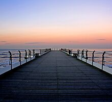 Saltburn Pier Sunset by Richard Leeson