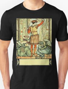 The Sleeping Beauty Picture Book Plate - He reached the guard, the court, the hall T-Shirt