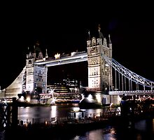 Tower Bridge by Richard Leeson