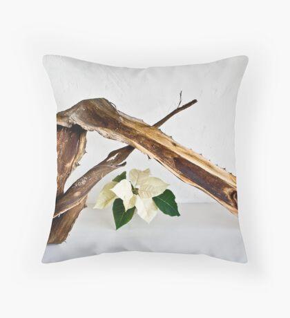 Ikebana-107 Throw Pillow