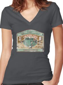 golfers country club Women's Fitted V-Neck T-Shirt