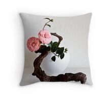 Ikebana-111 Throw Pillow