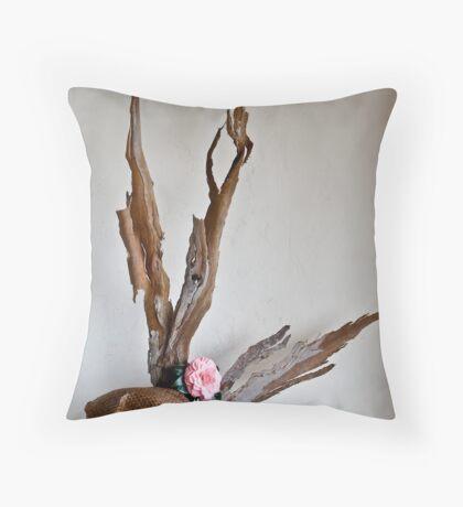 Ikebana-112 Throw Pillow