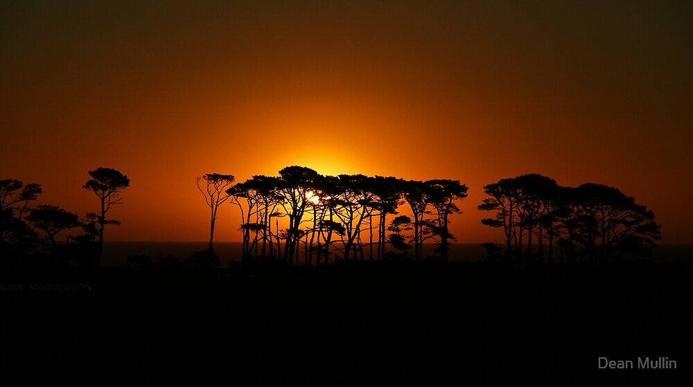 Puniho Sunset - Taranaki NZ by Dean Mullin