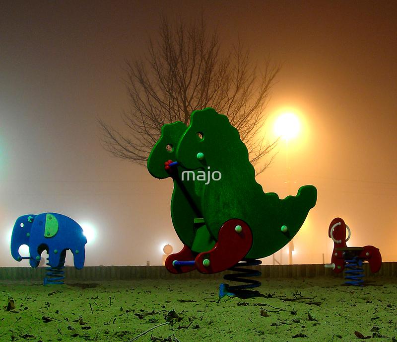 zoo at night by majo