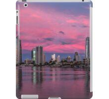 Amazing Pink Sunset over Surfers Paradise iPad Case/Skin