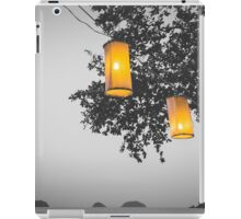 Lanterns BW iPad Case/Skin