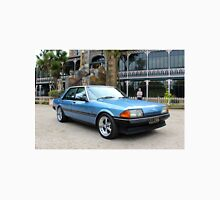 1984 Fairmont Ghia: NZ Falcon & Fairlane Car Club Nationals 2015 Unisex T-Shirt
