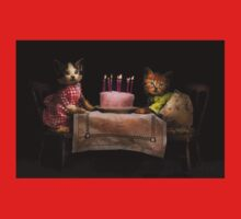 Cat - It's our birthday - 1914 Kids Clothes