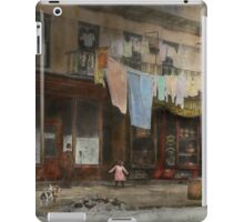 City - Elegant Apartments - 1912 iPad Case/Skin
