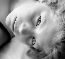 Perrin in black and white by micklyn