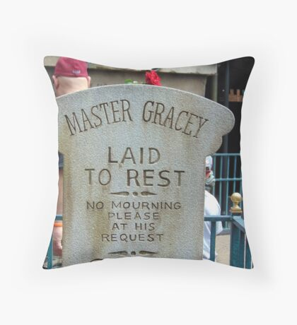 Master Gracey's Tomb - Haunted Mansion, Magic Kingdom Throw Pillow